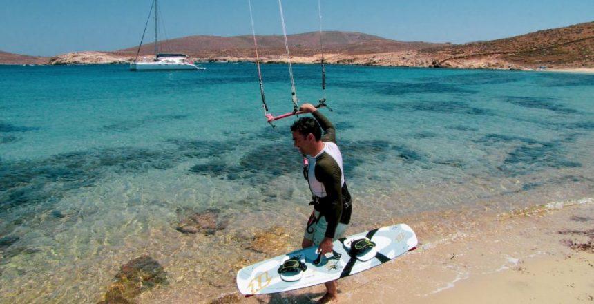 kitesurfing-sailing-trip-1024x576